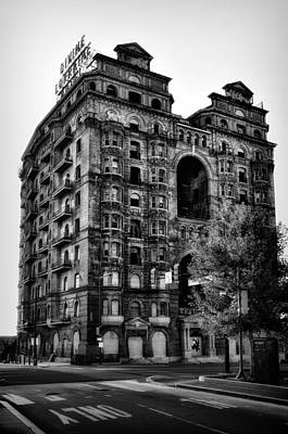 Black And White Philadelphia - The Divine Lorraine Hotel Poster by Bill Cannon