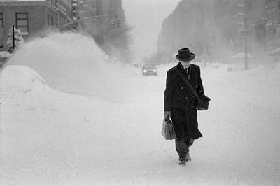 Poster featuring the photograph Blizzard On Park Avenue by Dave Beckerman