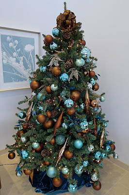 Poster featuring the photograph Blue And Gold Xmas Tree by Richard Reeve
