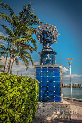 Blue Crown Statue Miami Downtown Poster