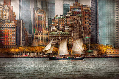 Boat - Governors Island Ny - Lower Manhattan Poster