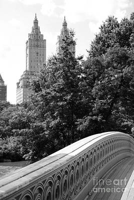 Bow Bridge And San Remo Towers B And W Poster