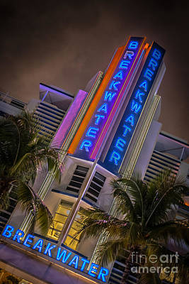 Breakwater Hotel Art Deco District Sobe Miami - Hdr Style Poster
