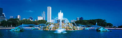 Buckingham Fountain Chicago Il Usa Poster by Panoramic Images
