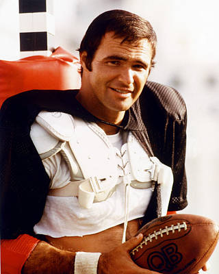Burt Reynolds In The Longest Yard Poster