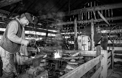 Cades Cove Blacksmith Shop In Black And White Poster