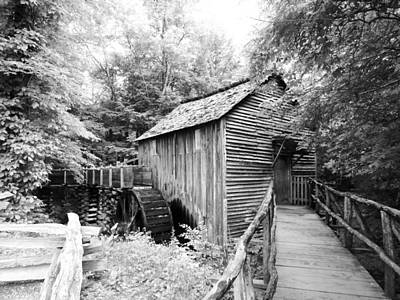 Cades Cove Cable Mill - Bw Poster