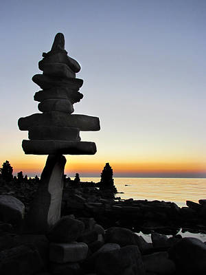 Cairns At Sunset At Door Bluff Headlands Poster