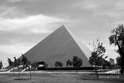 Cal State University Long Beach Walter Pyramid Poster by University Icons