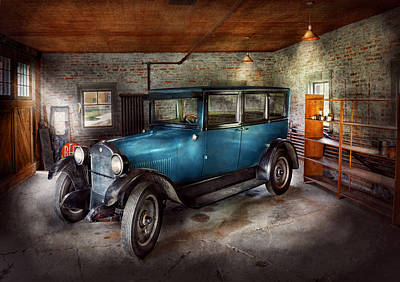 Car - Granpa's Garage  Poster
