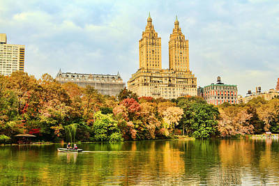 Central Park Lake In Autumn Poster