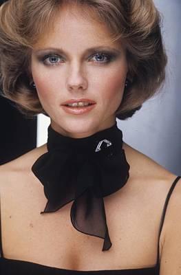 Cheryl Tiegs Wearing A Doro Scarf Poster by Bob Stone