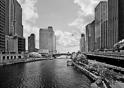 Chicago River - The River That Flows Backwards Poster