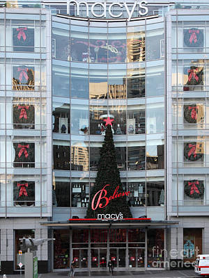 Christmas At San Francisco Macy's Department Store - 5d20550 Poster