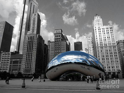 Cloud Gate B-w Chicago Poster