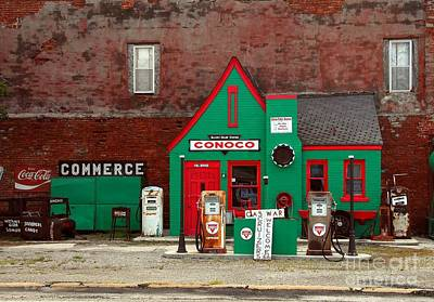 Conoco Station On Route 66 Poster by Mel Steinhauer