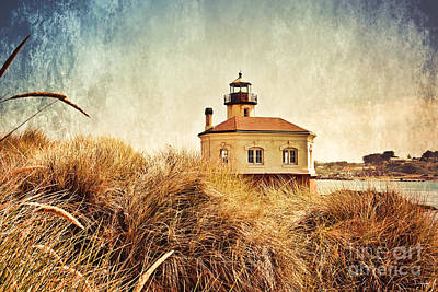 Coquille River Lighthouse - Texture Poster