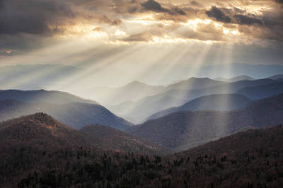 Crepuscular Light Rays On Blue Ridge Parkway - Rays And Ridges Poster