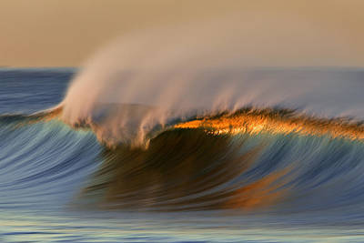 Poster featuring the photograph Cresting Wave Mg_0372 by David Orias