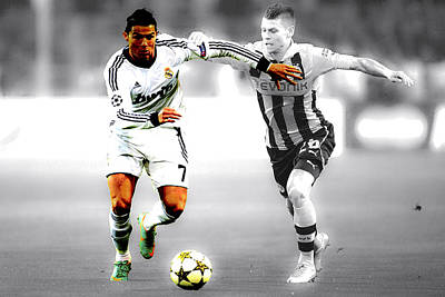 Cristiano Ronaldo On The Move Poster by Brian Reaves