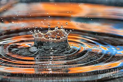 Crown Shaped Water Drop Macro Poster