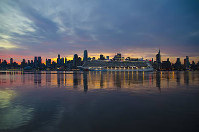 Cruise Liner On The Hudson At Dawn Poster by Bill Cannon