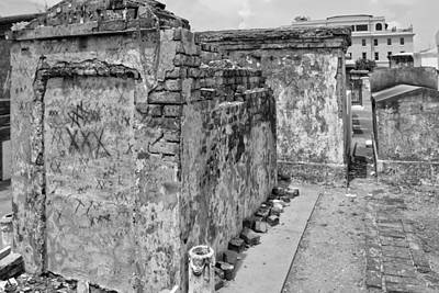 Crumbling Wishes At Saint Louis Cemetery In Black And White Poster