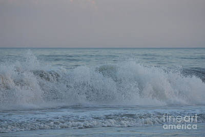 Curl Crashing Down At Jones Beach Poster