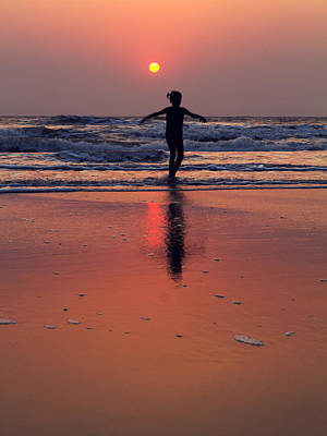 Danceing Sunset Poster by Stelios Kleanthous