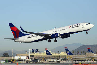Delta Boeing 737-932 N822dn Phoenix Sky Harbor December 24 2014  Poster by Brian Lockett