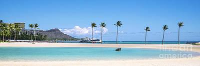 Diamond Head And The Hilton Lagoon 3 To 1 Aspect Ratio Poster
