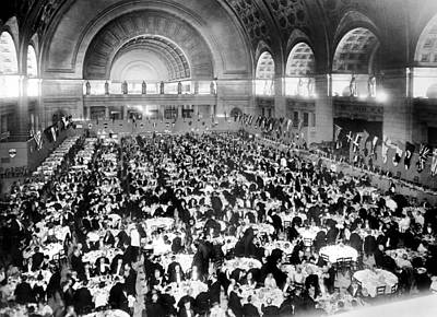 Dinner For Two Thousand At Union Station In Washington Poster
