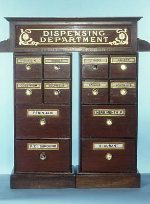 Drug Dispensing Run Poster by Science Photo Library