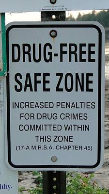 Drug Free Safe Zone Poster