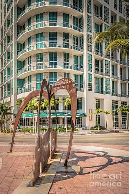 Duenos Do Las Estrellas Sculpture - Downtown - Miami - Hdr Style Poster by Ian Monk
