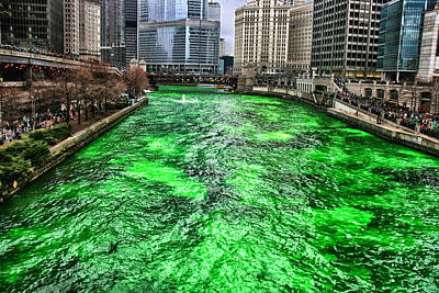 Dyeing The Chicago River Green Poster by Jerome Lynch
