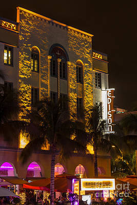 Edison Hotel Sobe Poster by Rene Triay Photography