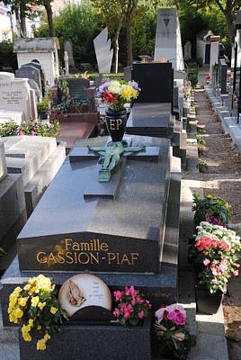 Edith Piaf Gravesite At Pere Lachaise Paris Poster