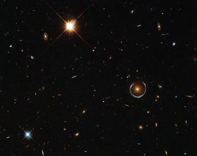 Einstein Ring Around Lrg 3-757 Poster by Science Source