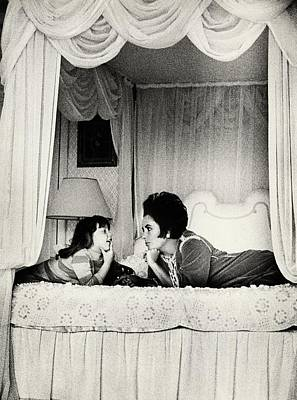 Elizabeth Taylor With Her Daughter Poster