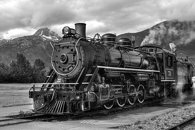 Poster featuring the photograph Engine 73 by Dawn Currie