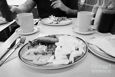 English Fried Breakfast For Two In A Greasy Spoon Cafe In Central London England Uk Poster