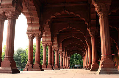 Engrailed Arches Red Fort - New Delhi Poster