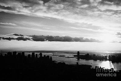 Evening Sunset View Of Lower Manhattan And Hudson River New York City Poster