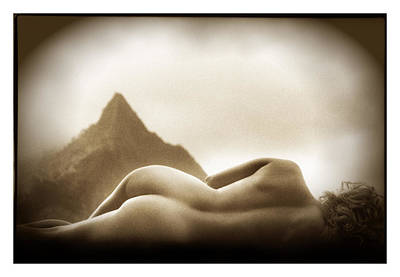 Female Nude At Mt. Pali Hawaii Poster