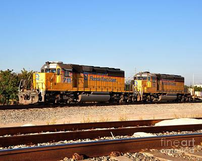 Florida East Coast Sd40-2 - 711 And 702 Poster