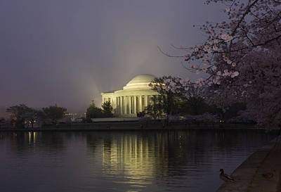 Foggy Morning At The Jefferson Memorial 1 Poster