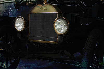 Ford Model T Poster by Gunter Nezhoda