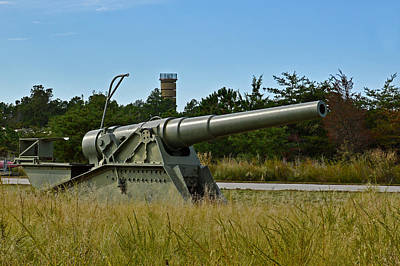 Fort Miles 8 Inch Gun And Fct7 Poster by Bill Swartwout