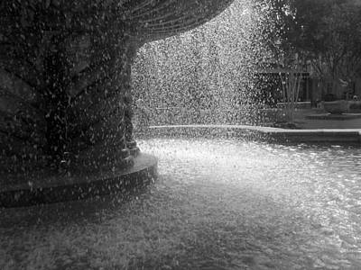 Fountain In Black And White Poster